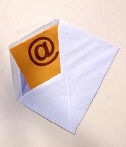 Személyes adat-e a munkavállaló céges e-mail címe?